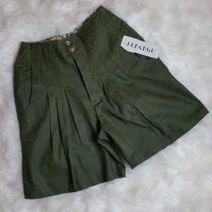 Vintage High Waist Pleated Green Shorts